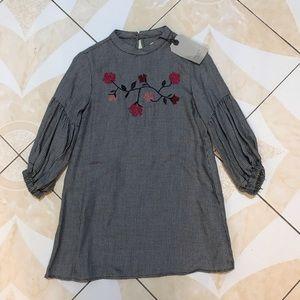 Zara Girls Houndstooth dress with 🌺 flowers